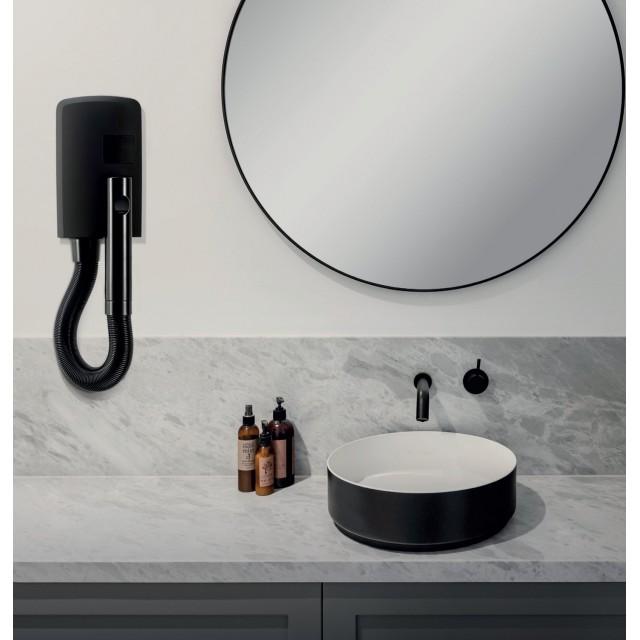 Valera Hotello Super AC Matt Black - специальная серия фенов в черном цвете